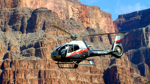 Grand Canyon 6-in-1 West Rim & Helicopter Landing by Adventure Photo Tours