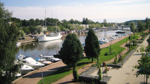 Porvoo Old Town Half-Day Tour by Carisa Travel & Tour