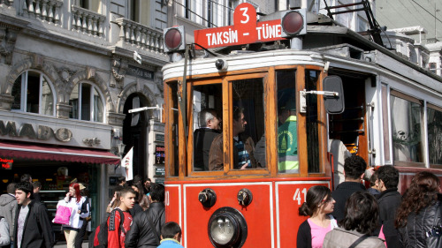 Scholar-Led Istiklal Street Small-Group Walking Tour