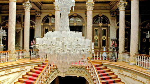 Small-Group Dolmabahçe Palace Half-Day Tour