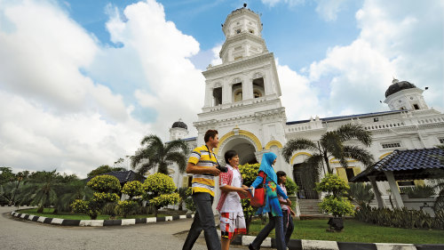 Guided Johor Bahru Excursion