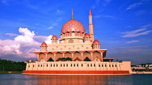 Private Putrajaya Tour by Tour & Incentive Travel