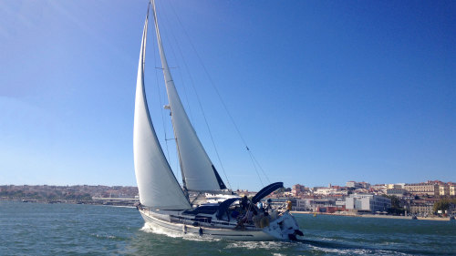 Private Cascais Full-Day Sailing Cruise