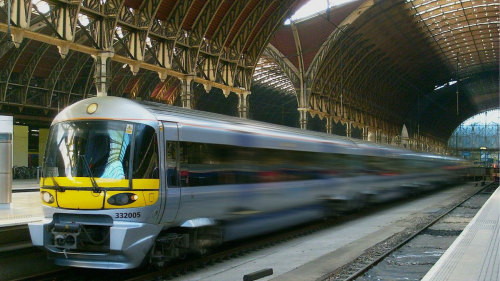 Heathrow Express: Airport - Paddington Train Station