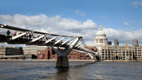 River Thames Cruise & South Bank Tour