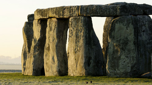 English Countryside Tour: Stonehenge, Bath & Lunch in the Cotswolds