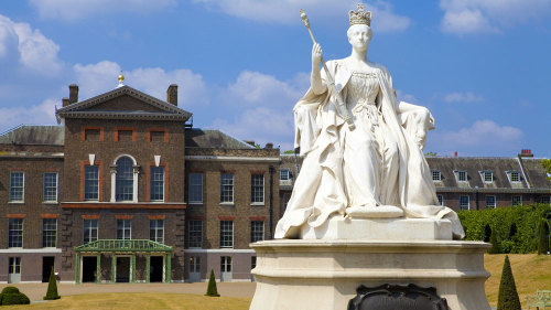 Kensington Palace Tour with Royal Afternoon Tea