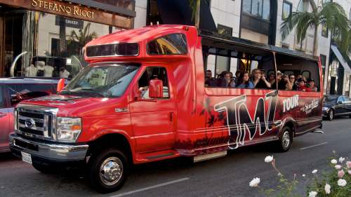 TMZ Hollywood Celebrity Hot Spots Tour by Starline Tours