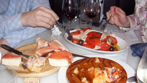 Evening Tapas Tour by Adventurous Appetites