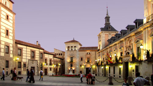Habsburg Dynasty Walking Tour & Skip-the-Line at Prado Museum