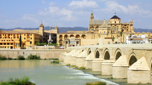 4-Day 3 Cultures of Spain Tour: Seville, Cordoba, Granada & Toledo