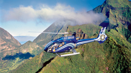 Molokai Sea Cliffs & West Maui Helicopter Tour