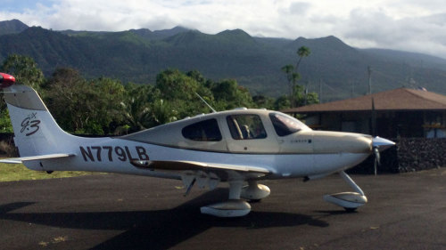 Flying Lesson & Sightseeing to Hana