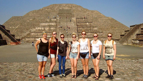Small-Group Teotihuacan, City Markets & Food Tour by Urban Adventures
