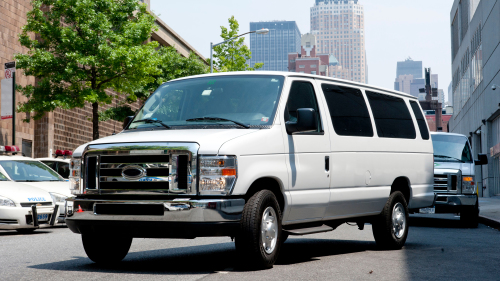 Shared Shuttle: Newark International Airport (EWR) - Manhattan