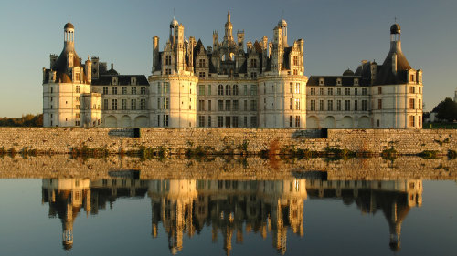 Castles of Loire Valley Full-Day Tour
