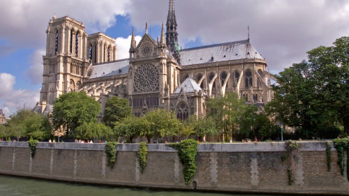 Combo Saver: Skip-the-Line Entrance to the Musée d'Orsay & Notre Dame Tour