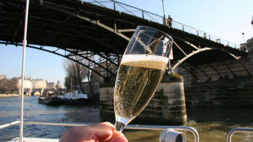Champagne Tasting Seine River Cruise by O Chateau