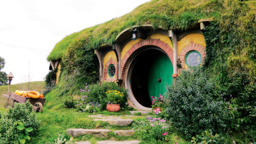 4-Day Middle-Earth Tour by AAT Kings