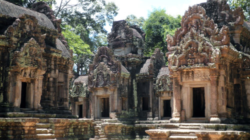 Afternoon Tour of Angkor Wat by Threeland Travel