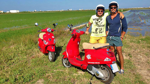 Discovery of the City & Albufera National Park in a Vespa