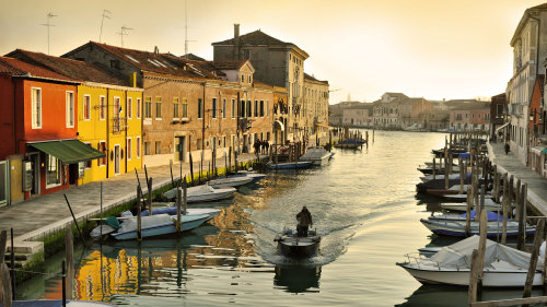 Murano & Gondola Tour with Seafood Dinner by MYU