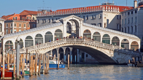 VIP Grand Canal Boat Tour with Lunch